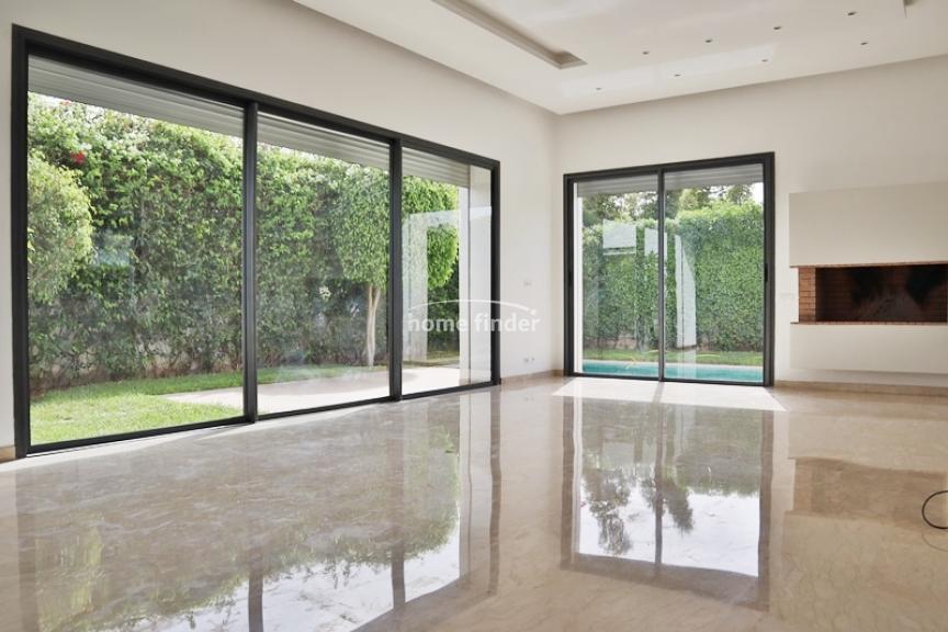 Villa à louer sur Dar Bouazza 380 m²