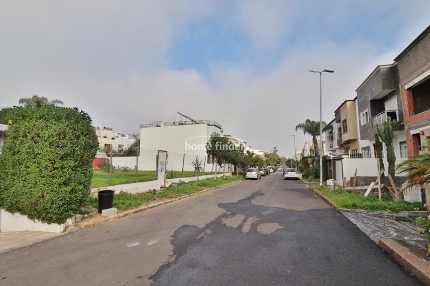 Terrain en zone villa R+1 à vendre sur Quartier Laymoun 375 m²