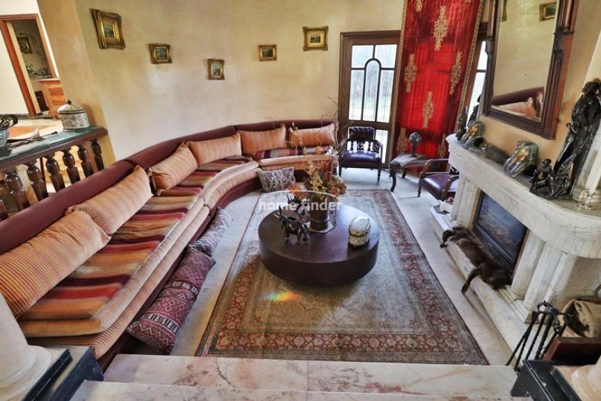 Villa meublée à louer sur Californie 1800 m²